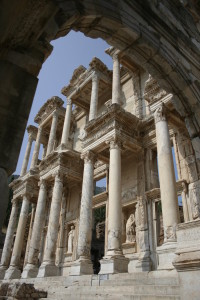 efes_celsus_library____by_beyzakurt