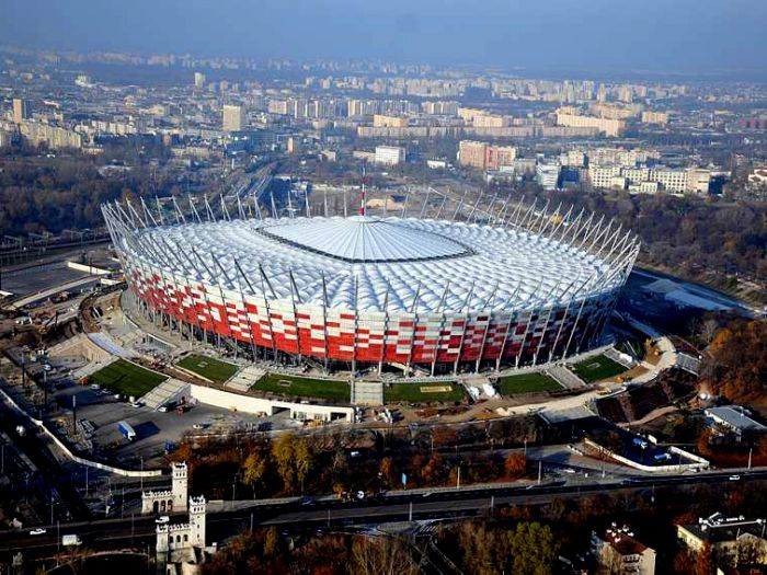 stadion-narodowy-pcelite