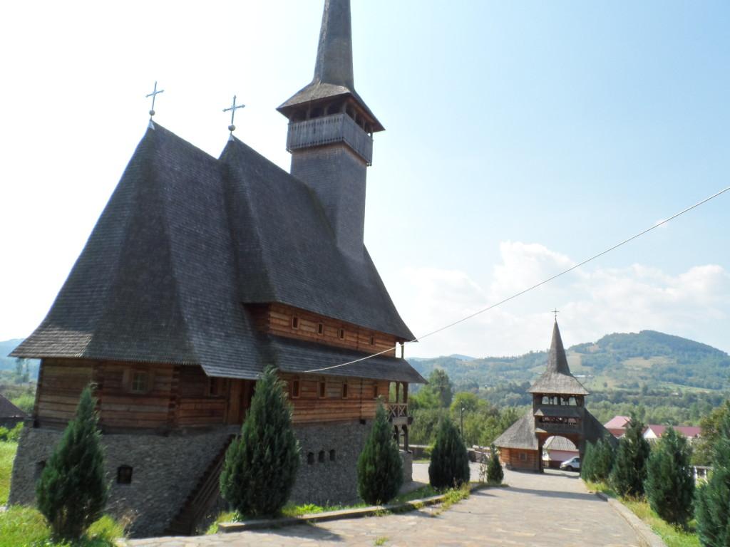 24. Tradycyjnych drewnianych budowli sakralnych jest po prostu mnóstwo