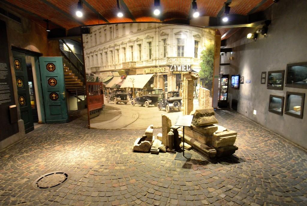 Kamienica_Pinkusa_Lothego_Muzeum_Powstania_Warszawskiego